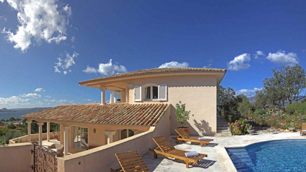 Découvrez toutes les locations de villa disponibles à proximité de Porto Vecchio
